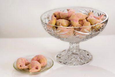 Rogaliki polfrancuskie smietanowe z masa orzechowa i roza