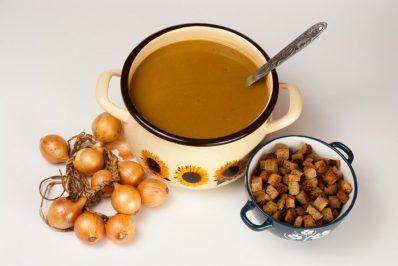 Zupa cebulowa z Goraja