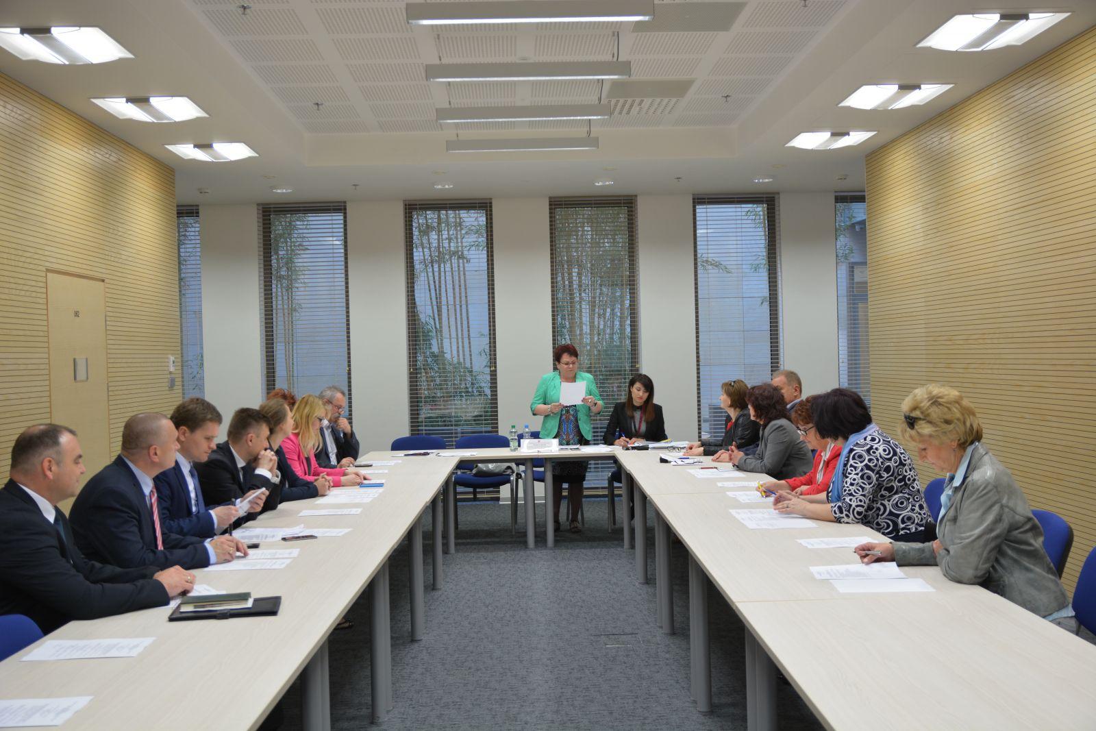 7 zespołów, 7 posiedzeń, 126 członków – ruszyły prace WRDS w Zespołach