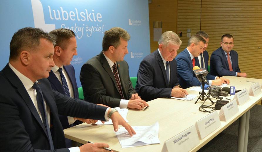Pierwsze umowy o dotacje na zieloną energię