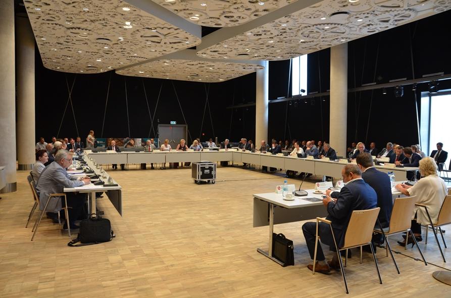 Stanowiska Sejmiku w sprawie ASF, sytuacji w sadownictwie i wymiaru sprawiedliwości
