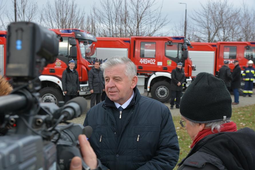 43 samochody dla strażaków ochotników