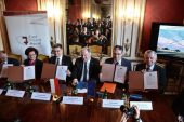 Podpisanie deklaracji #CohesionAlliance w Domu Polski Wschodniej