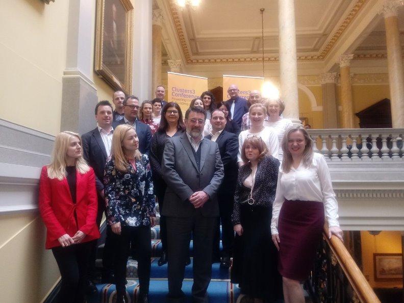 W Irlandii Północnej dyskutowano o polityce klastrowej