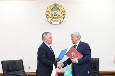 Podpisanie memorandum o współracy pomiędzy województwem Lubelskim i Obwodem Ałmatyńskim