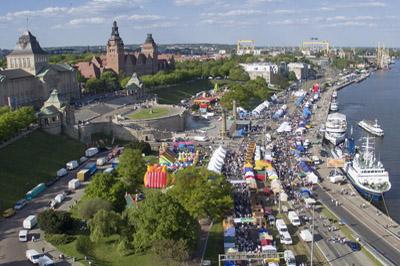 Widok z lotu ptaka nA Piknik nad Odrą w Szczecinie