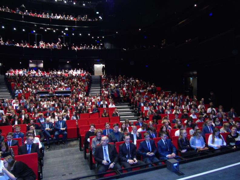 Wręczenie stypendiów Sala Operowa CSK w Lublinie