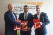 Na zdjeciu od lewej Wiceprezes Zarządu Netrix Ventures sp. z o.o. Łukasz Gołąbek, Dyrektor LAWP - Marceli Niezgoda, Dyrektor BGK - Dariusz Wieloch