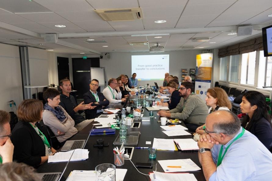 Wiedza buduje mosty pomiędzy regionami – peer review projektu BRIDGES w Helsinkach.