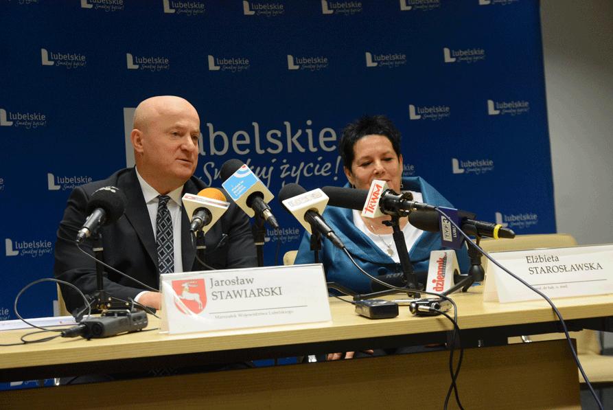 Profesor Elżbieta Starosławska przywrócona na stanowisko dyrektora COZL