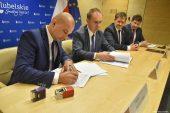 Umowa na rozbudowę drogi wojewódzkiej nr 801 – etap I podpisana