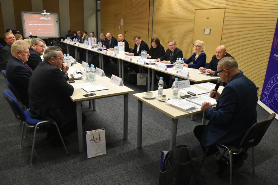 Posiedzenie SZR ds. Polityki Społecznej i Ochrony Zdrowia WRDS WL