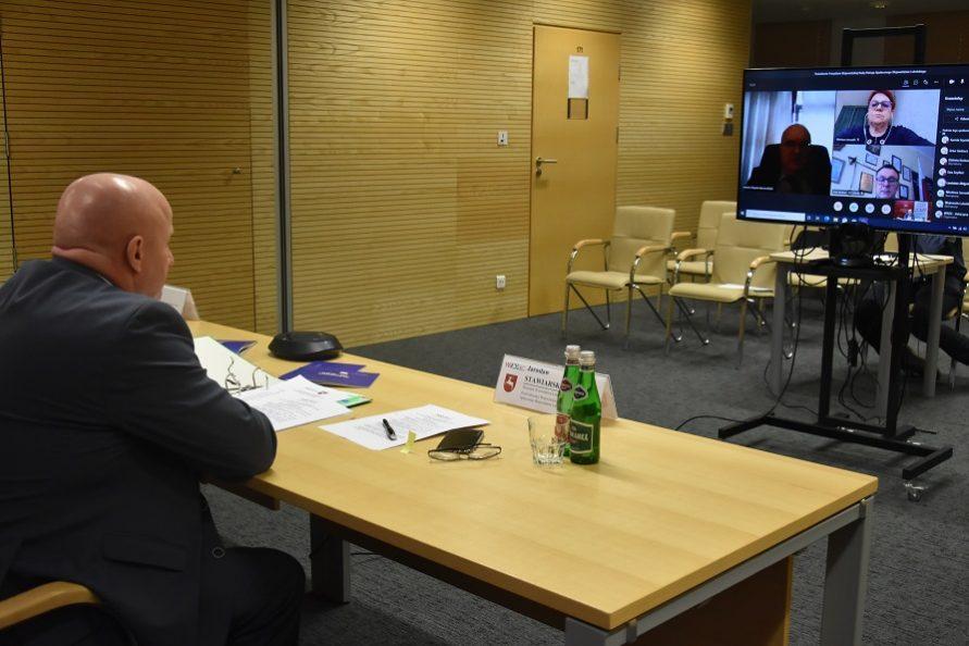 Obrady Prezydium podczas posiedzenia z dnia 25 marca 2021 roku.
