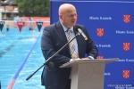 Marszałek Jarosław Stawiarski mówił o modernizacji krytej pływalni w Kraśniku.