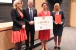Podczas uroczystości wręczania czeków beneficjentom PROW 2014-2020