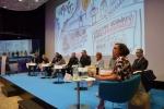 Grono panelistów podczas debaty