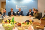 Konferencja prasowa zapowiadająca Dożynki Wojewódzkie 2016 w Radawcu.