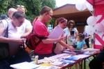 W charakterystycznym czerwonym namiocie zainteresowani mogli nabyć materiały informacyjne poświęcone ochronie środowiska i lubelskiej turystyce