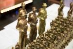 Statuetki wręczane laureatom.