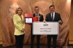Gala finałowa konkursu Rolnik z Lubelskiego 2020.  Wręczenie nagrody za trzecie miejsce kategoria ogrodnictwo.