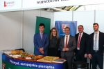 Za wspólną promocję potencjału rolniczego naszego regionu odpowiadali w Kraśniku wicemarszałek Grzegorz Kapusta (drugi z prawej) i starosta kraśnicki Andrzej Maj (trzeci z prawej)