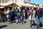 Weekendowa pogoda przyciągnęła na lubelską Starówkę wielu amatorów regionalnych przysmaków