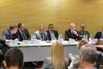Marszałek Sławomir Sosnowski podczas panelu sieciowanie samorządowej współpracy międzynarodowej