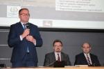 Konferencję w Lublinie otworzył wicemarszałek Grzegorz Kapusta, obok: Sławomir Struski - dyr. DRiŚ i Łukasz Gołąb - z-ca dyr. DRiŚ