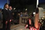 Przedstawiciele Województwa Lubelskiego oddają hołd pod pomnikiem Generała Sosobowskiego