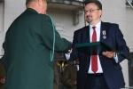 Zasłużonych myśliwych w imieniu marszałka województwa honorował dyr. Sławomir Struski (z prawej) (fot. Konrad Sidor/UMWL)