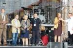 Na scenie w Narolu. Członkowie komisji konkursu na najlepszy smak Wschodnich Ziem Polski