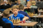 partia szachów dwóch zawodników podczas zmagań szachistów w ramach OOM