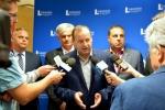 Adam Olszewski na konferencji prasowej