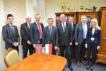 Delegaci z norweskiego okręgu Telemark w towarzystwie wicemarszałka Krzysztofa Grabuczka oraz pracowników Dep. Gospodarki i Współpracy Zagranicznej UMWL.