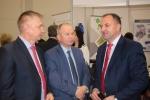 Na stoisku województwa lubelskiego, od lewej: kierownik Antoni Skrabucha, starosta opolski Zenon Rodzik, wicemarszałek Grzegorz Kapusta