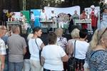 Kulinarnym zmaganiom marszałków i urzędników z trzech regionów przyglądała się spora grupa zainteresowanych